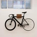 Porte-vélo mural en bois MAKE