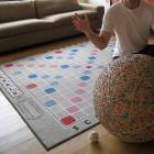 Tapis Scrabble sur le sol