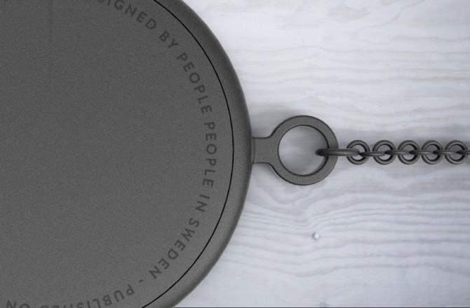 Montre Pocket Watch vue rapprochée sur le texte au dos