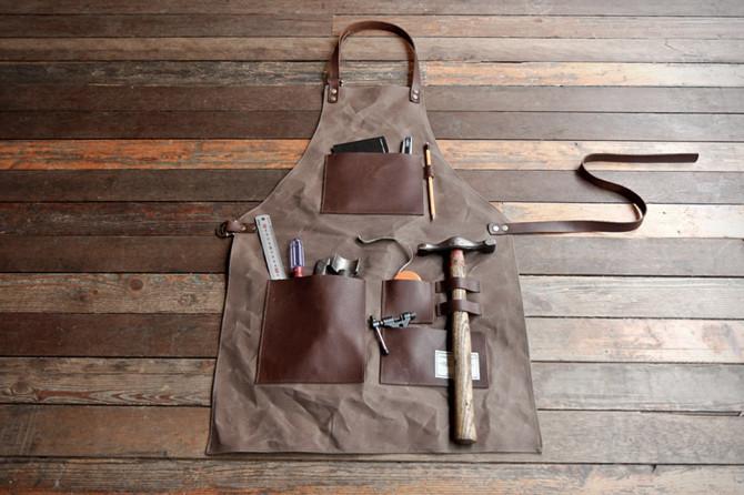 Gentleman's apron