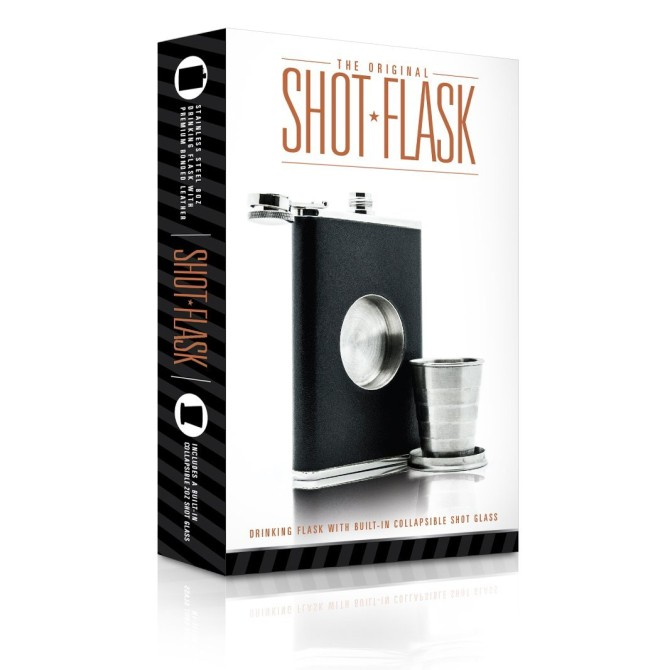 The Shot Flask, une flasque équipée d'un petit verre rétractable.