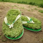 Tongs Green Grass