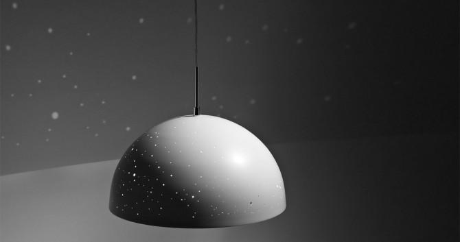 Lampe Starry Light projette étoiles et constellations sur vos murs.